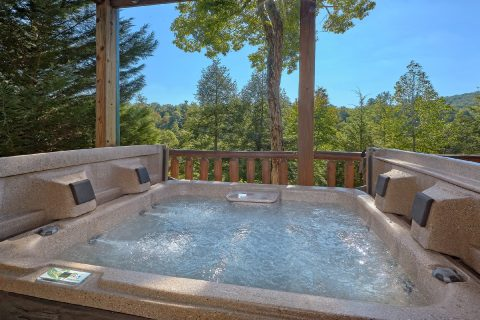 Private Hot Tub with View at 4 bedroom cabin - Hillbilly Hideaway