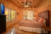 Luxury Cabin with 3 King Master Suites