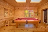 Luxury 3 Bedoom cabin with Pool Table