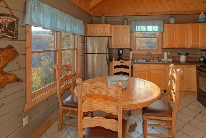 Wears Valley Cabin in the Smoky Mountains - Hilltopper