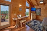 3 Bedroom Cabin with Master Suite in loft