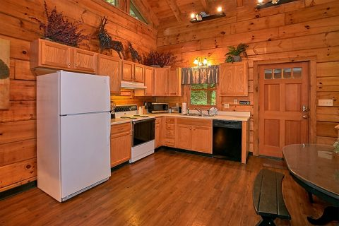 Gatlinburg 3 Bedroom Cabin Sleep 8 Full Kitchen - Hunting Hollow Haven