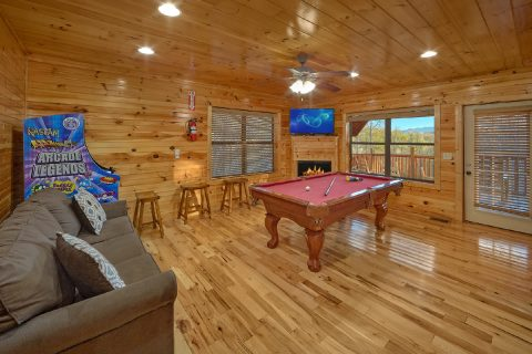 2 bedroom cabin with Game Room and Pool Table - I Love View