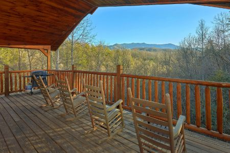 Arcade At The Boondocks: 2 Bedroom Sevierville Cabin Rental