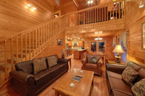 Luxurious 5 Bedroom Cabin Sleeps 15 - In The Heart Of Pigeon Forge