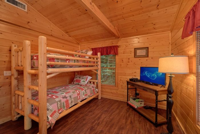 Private Hot Tub 5 Bedroom Cabin Pigeon Forge - In The Heart Of Pigeon Forge