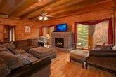 8 Bedroom Cabin in Pigeon Forge Sleeps 24
