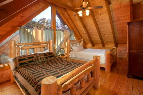 8 Bedroom Cabin Sleeps 28 with Extra Beds - Indoor Pool Lodge