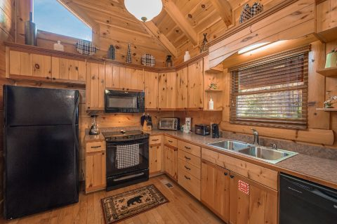 Spacious Kitchen in 1 bedroom luxury cabin - It's A Waterful Life