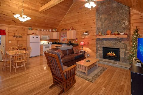 Cozy 1 Bedroom Cabin with a Fireplace - It's About Time