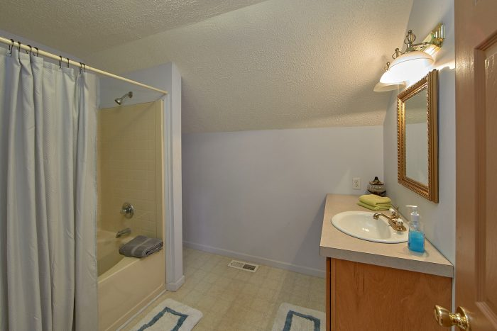 2 Bedroom Cabin Sleeps 6 with 2 Full Bathrooms - Ivey's Cove