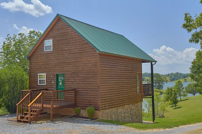 2 Bedroom Cabin Sleeps 6 with Flat Driveway - Ivey's Cove