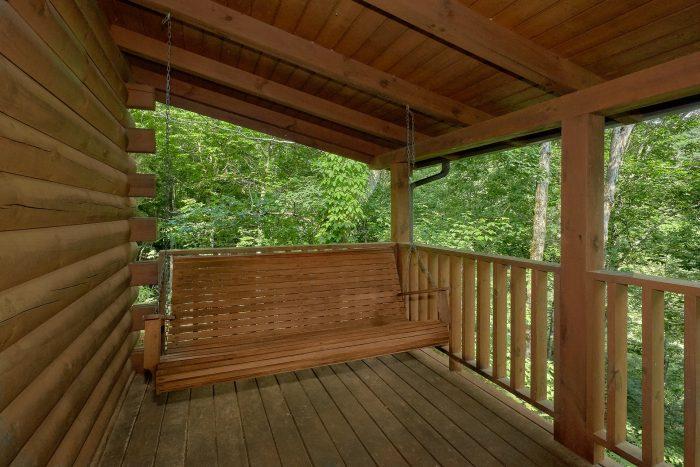 1 Bedroom cabin with Swing on Deck - Jasmine's Retreat