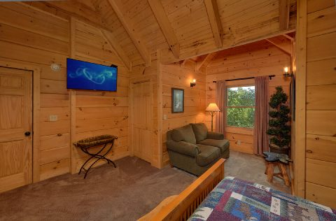 6 Bedroom Cabin with Large Bedrooms - KenKnight's Wilderness Lodge