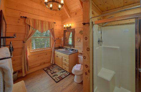 6 Bedroom 6 Full Bath Cabin Sleeps 18 - KenKnight's Wilderness Lodge