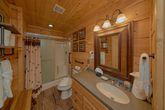 Spacious 6 Bedroom 6 Bath Cabin Sleeps 18