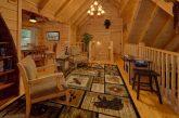 Open Loft Seating 6 Bedroom Cabin Sleeps 18