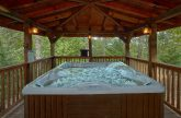 2 Private Hot Tubs 6 Bedroom Cabin Sleeps 18