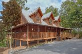 6 Bedroom Cabin with Lots of Parking