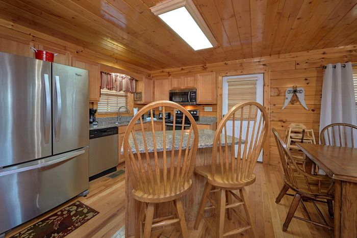 Cabin with Stainless Steel Kitchen Appliances - Knockin' On Heaven's Door