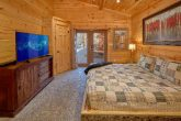Spacious Master Suites 4 Bedroom Cabin