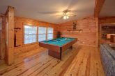 3 bedroom cabin rental with pool table