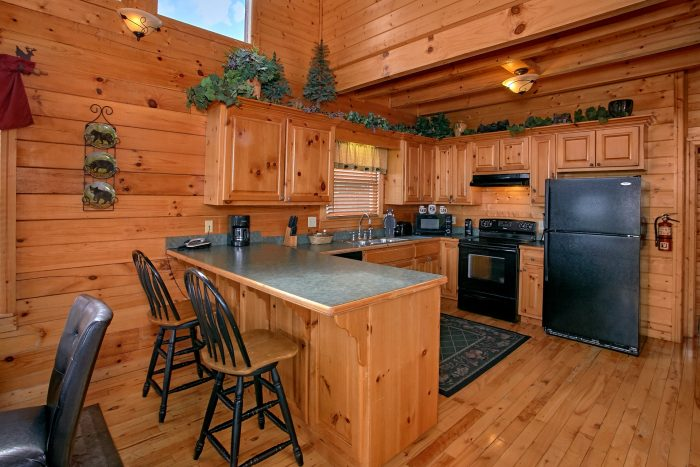 Spacious Cabin with fully Stocked Kitchen - Lasting Impression