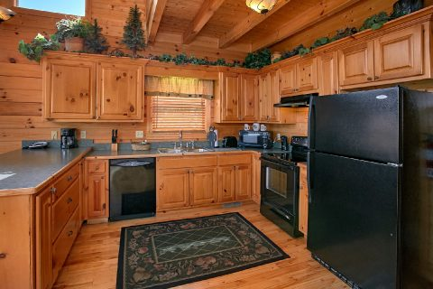 3 Bedroom Cabin with Fully Equipped Kitchen - Lasting Impression