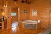 Cabin with King Bedroom and Private Jacuzzi Tub