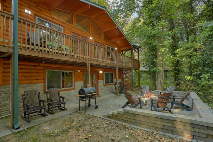 Laurel Manor Cabin Rental Photo