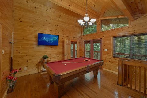 4 bedroom cabin with Pool Table and game room - Laurel Manor