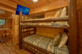 Rustic 4 bedroom cabin with bunk beds for 4
