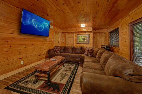 Luxury Cabin with Game Room, WIFI and Arcade - Laurel Manor