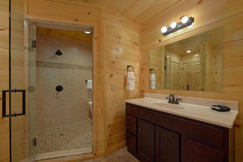 Master bath with luxurious shower in cabin - Laurel Splash