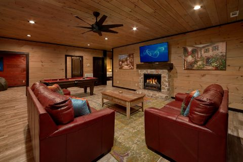 Beautiful 5 Bedroom with Large Game Room - LeConte Views
