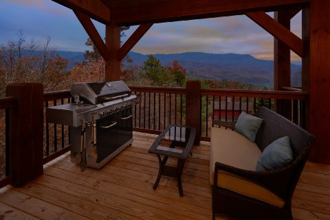 Gas Grill Hot Tub Outdoor Seating 5 Bedroom - LeConte Views