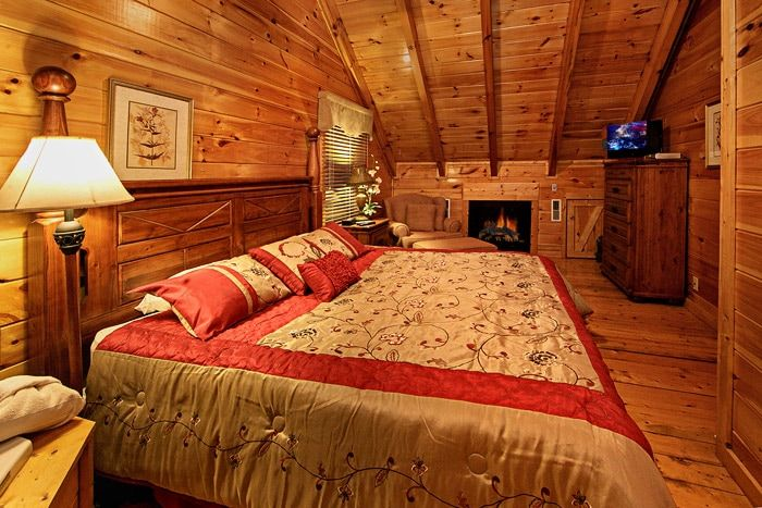Cabin with Master Bedroom - Little Cove Hideaway