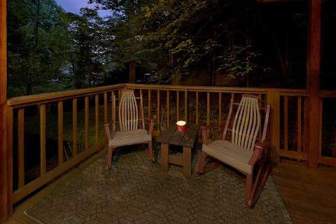 Secluded Gatlinburg Cabin with Rocking Chairs - Little Wren