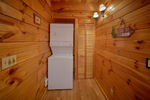 Stack Washer and Dryer 3 Bedroom Cabin - Livin' Lodge