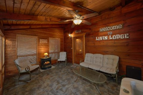 3 Bedroom 3 Bath Cabin Sleeps 10 With Views - Livin' Lodge