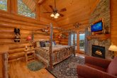 Luxury Cabin with 2 King Suites and Fireplaces