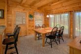 Pigeon Forge cabin with Furnished Dining Room