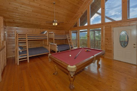 6 Bedroom Cabin with Bunk Beds - Lookout Lodge