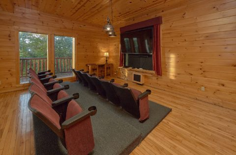 Thearer Room & Game Room Cabin Sleeps 22 - Lookout Lodge