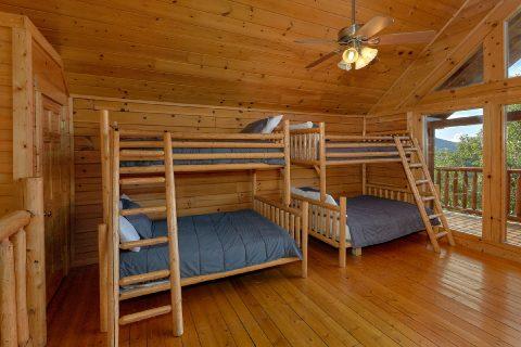 6 bedroom cabin sleeps 22 wih Bunk Beds - Lookout Lodge