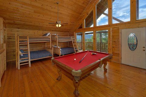 6 Bedroomroom Game Room Pool Table & Arcade Game - Lookout Lodge