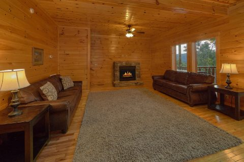 6 Bedroom 7 1/2 Bath with extra Sitting Area - Lookout Lodge