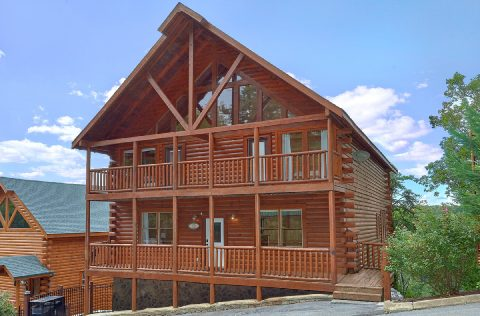 6 Bedroom 7 1/2 Bath 3 Story Cabin - Lookout Lodge
