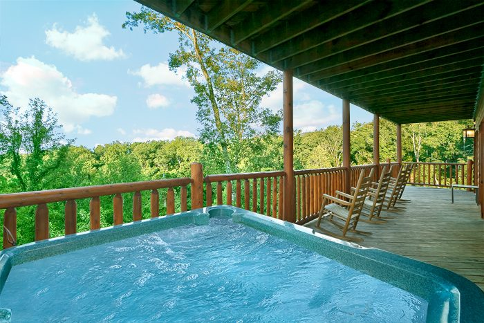 Smoky Mountain Cabin with Hot Tub & Views - Lookout Point