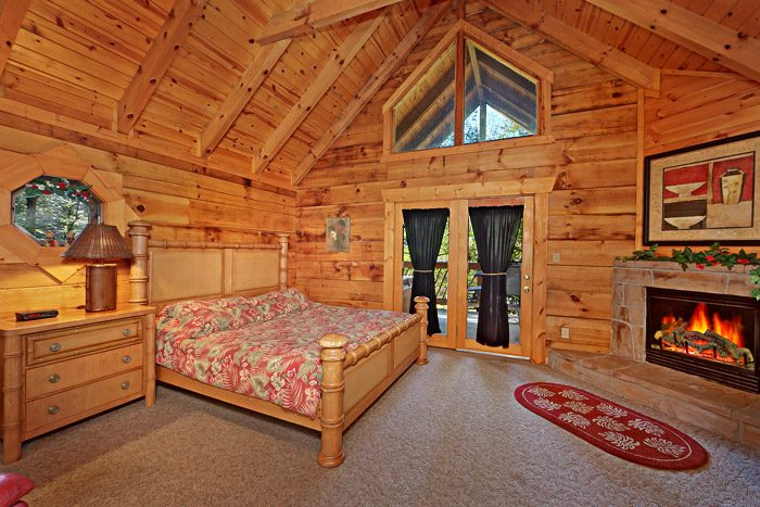 Cabin with a King Size Bed - Lover's Lane